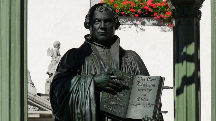 A reformáció emléknapja a felesleges dolgok félrerakásáról szól